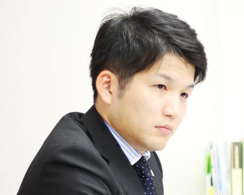 津谷 光一郎